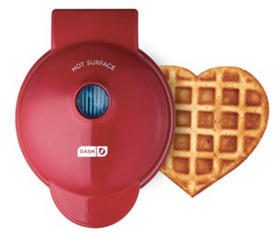 Dash Mini Heart Waffle Iron, Red