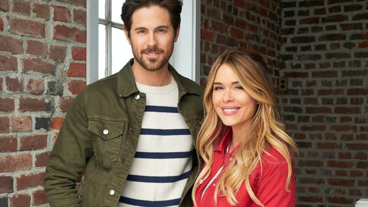 Where Is 'Sailing Into Love' Set? The Hallmark Channel Brings Viewers One Step Closer To Summer