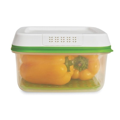 Rubbermaid FreshWorks Food Storage Container