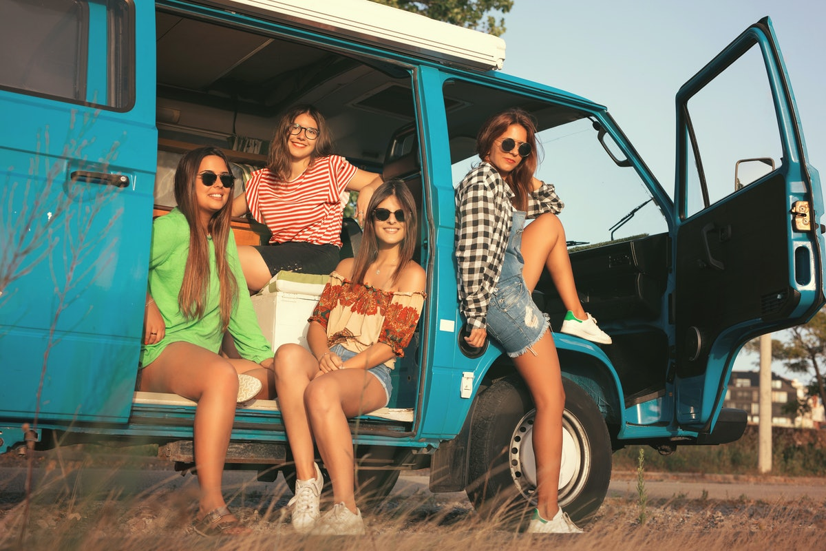 9 Road Trip Traditions To Start With Your Best Friends Right Now