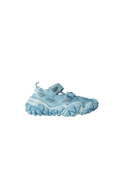 Open velcro sneakers light blue