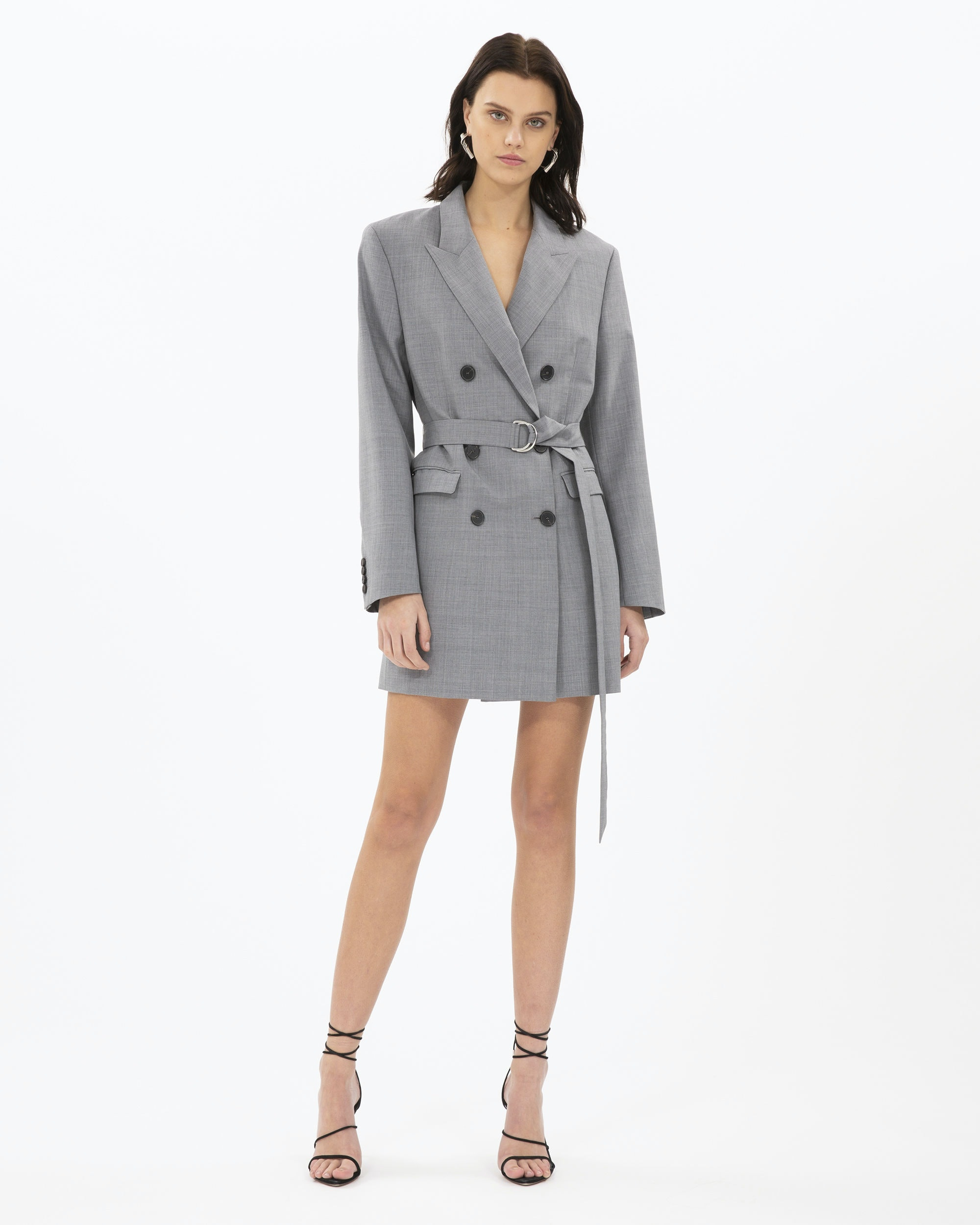 b1736387494 18 Summer Work Outfits You Can Wear To The Office Without Dying Of Heat