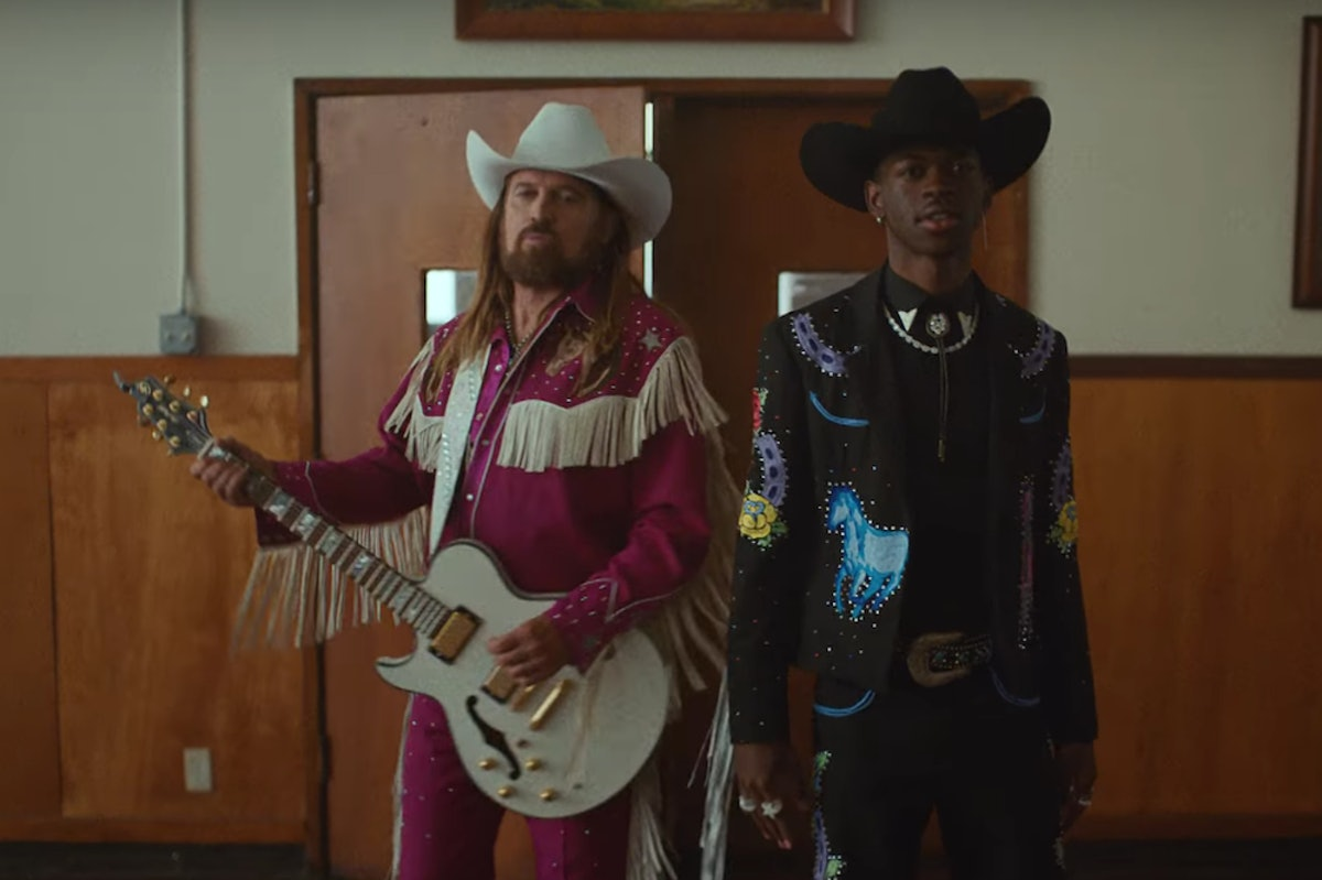 """Lil Nas X & Billy Ray Cyrus' """"Old Town Road"""" Music Video Is A Western Filled With Celebrity Cameos — VIDEO"""