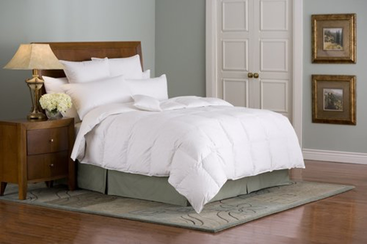 Downright Organa Luxury White Goose Down Comforter