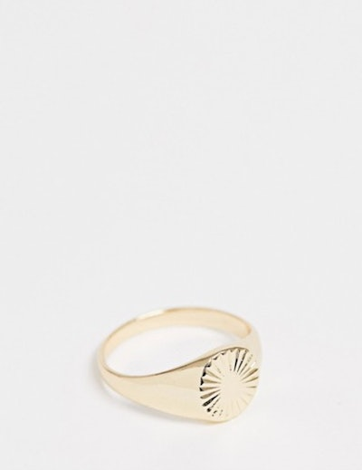 Plus Vintage Style Signet Ring