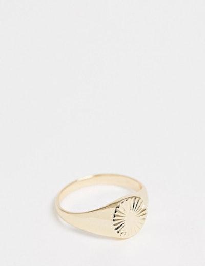 Plus Vintage Style Signet Ring