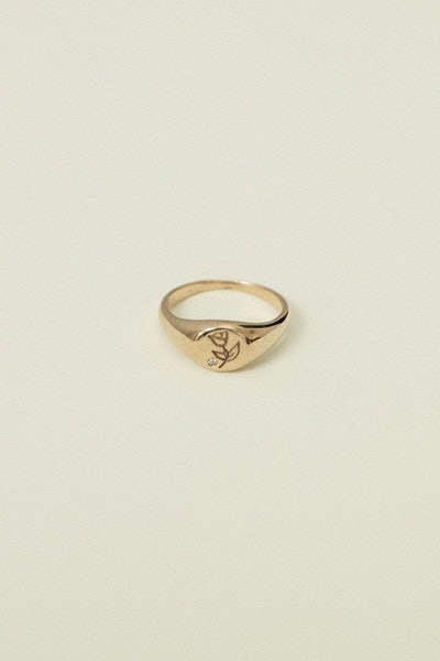 Bonita Signet Ring with Diamond