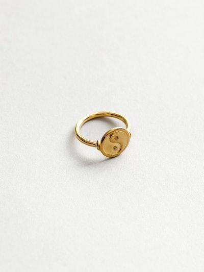 Gravity Ring in Gold