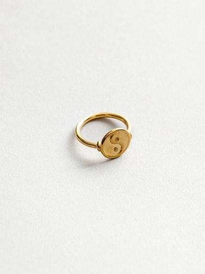 Gravity Ring in Gold