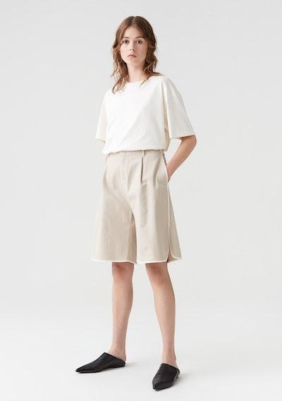 Sand Akita Shorts