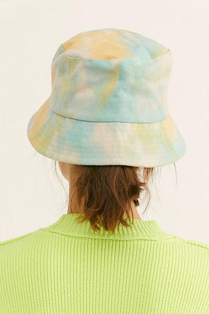 Tie Dye Throwback Bucket Hat