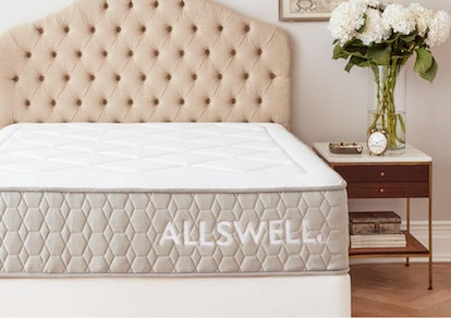 The Allswell Luxe Hybrid, Queen