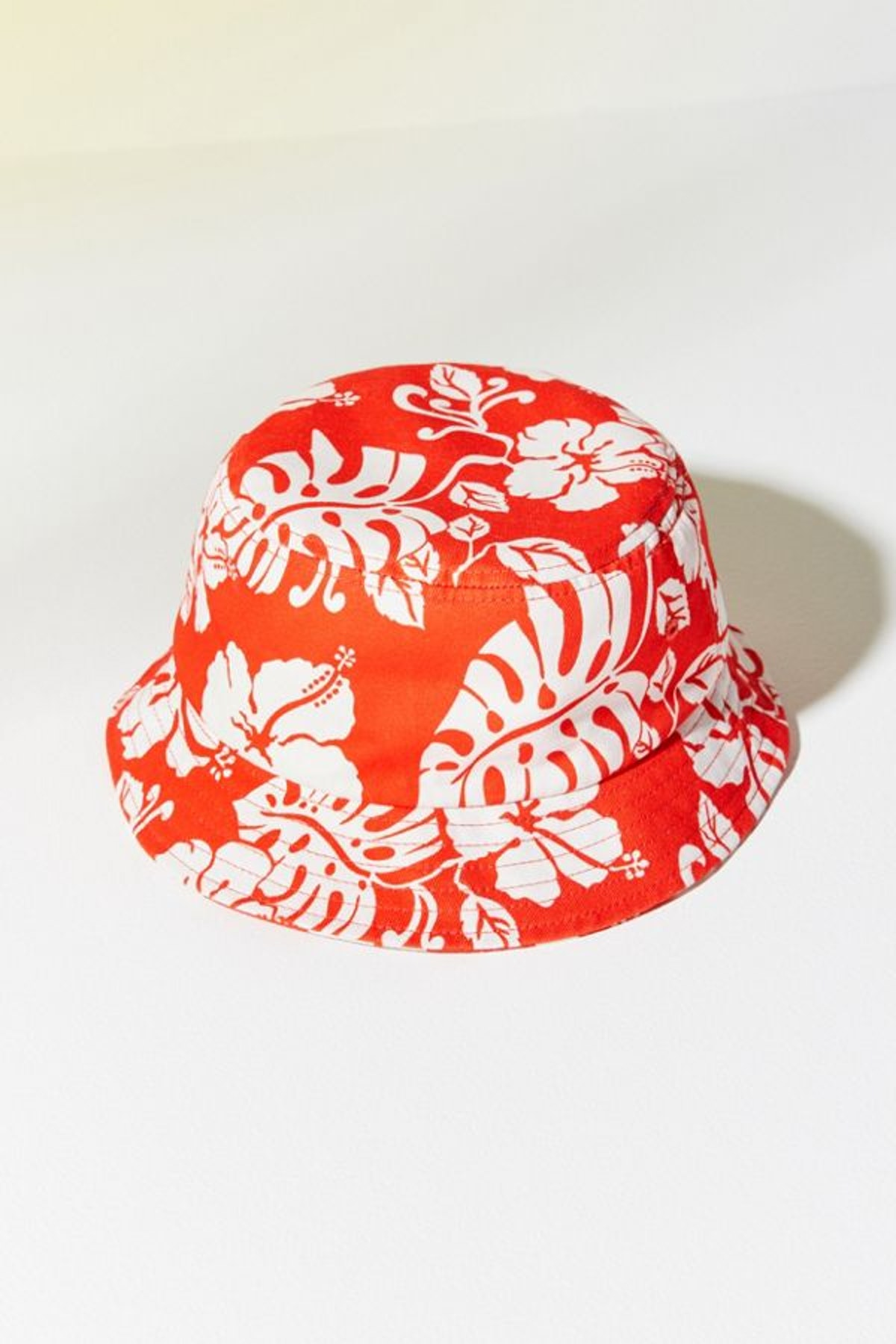 Roxy UO Exclusive Heritage Floral Bucket Hat