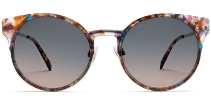 Daphne in Geode Tortoise with Riesling