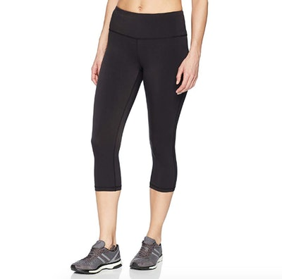 Amazon Essentials Women's Performance Capri Active Legging