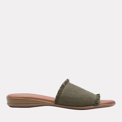 Nirvana Elastic Frayed Sandal (Moss)