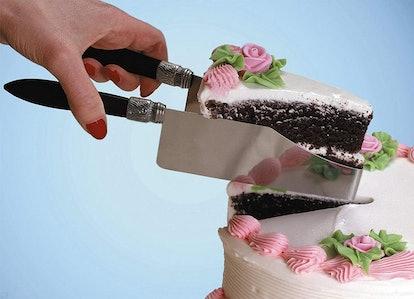Debbie Meyers 'CakeCutters' Cake Server