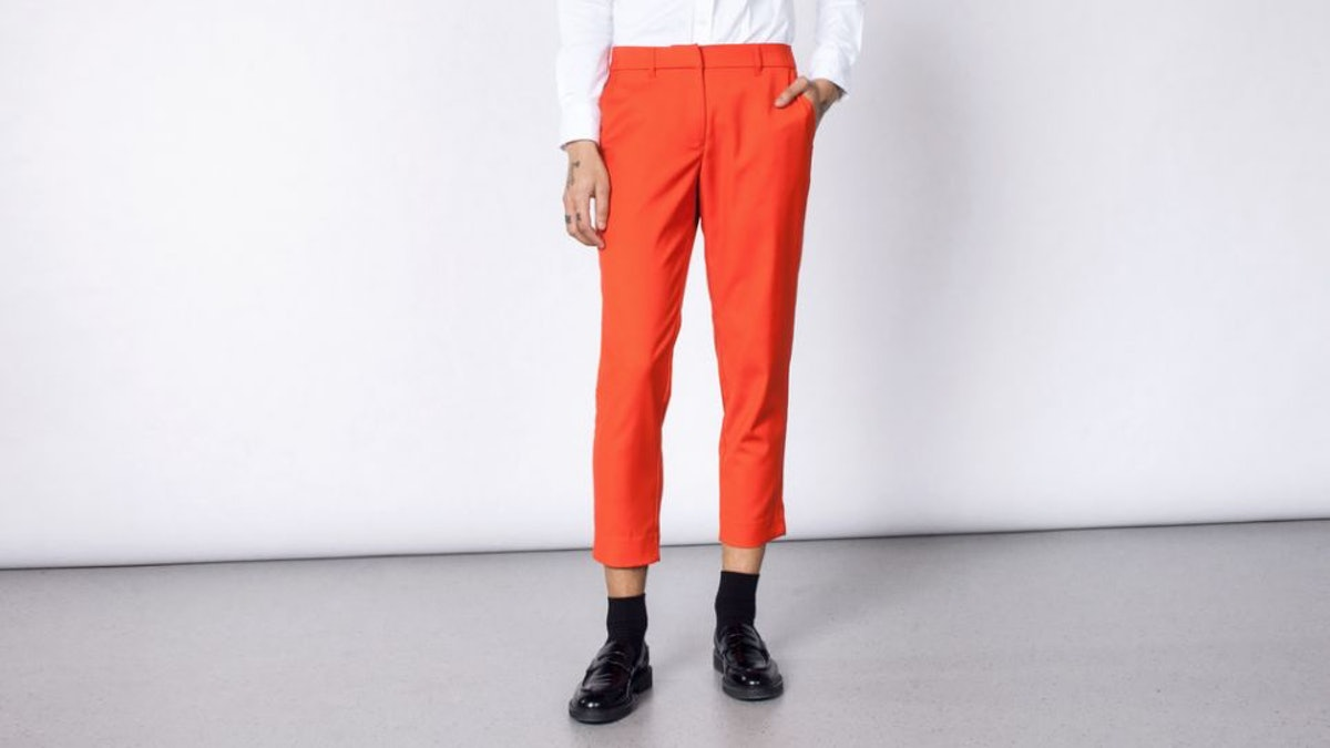 THE EMPOWER RED CROP PANT