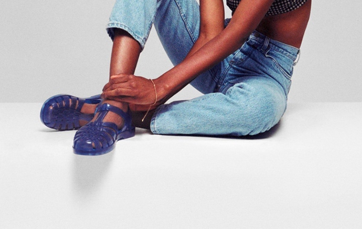Melissa Possession Jelly Shoes Are The EXACT Sandals Your Mom Bought You In The '90s