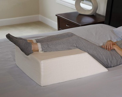 InteVision Bed Wedge Pillow
