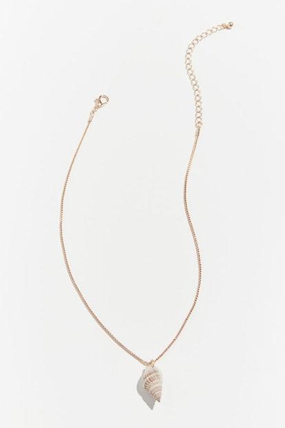 Isla Simple Shell Pendant Necklace