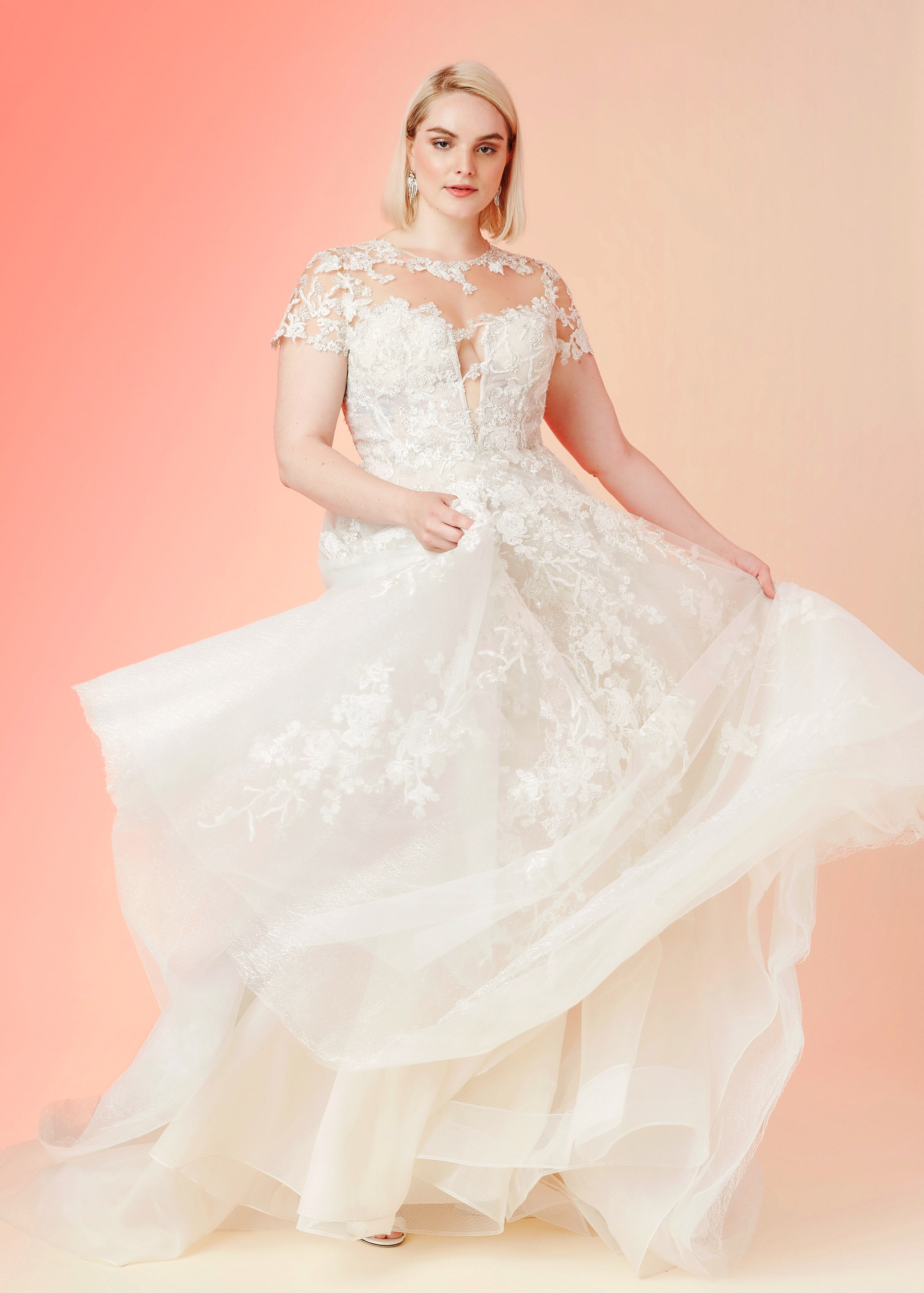 12 Of The Best Plus Size Wedding Gowns