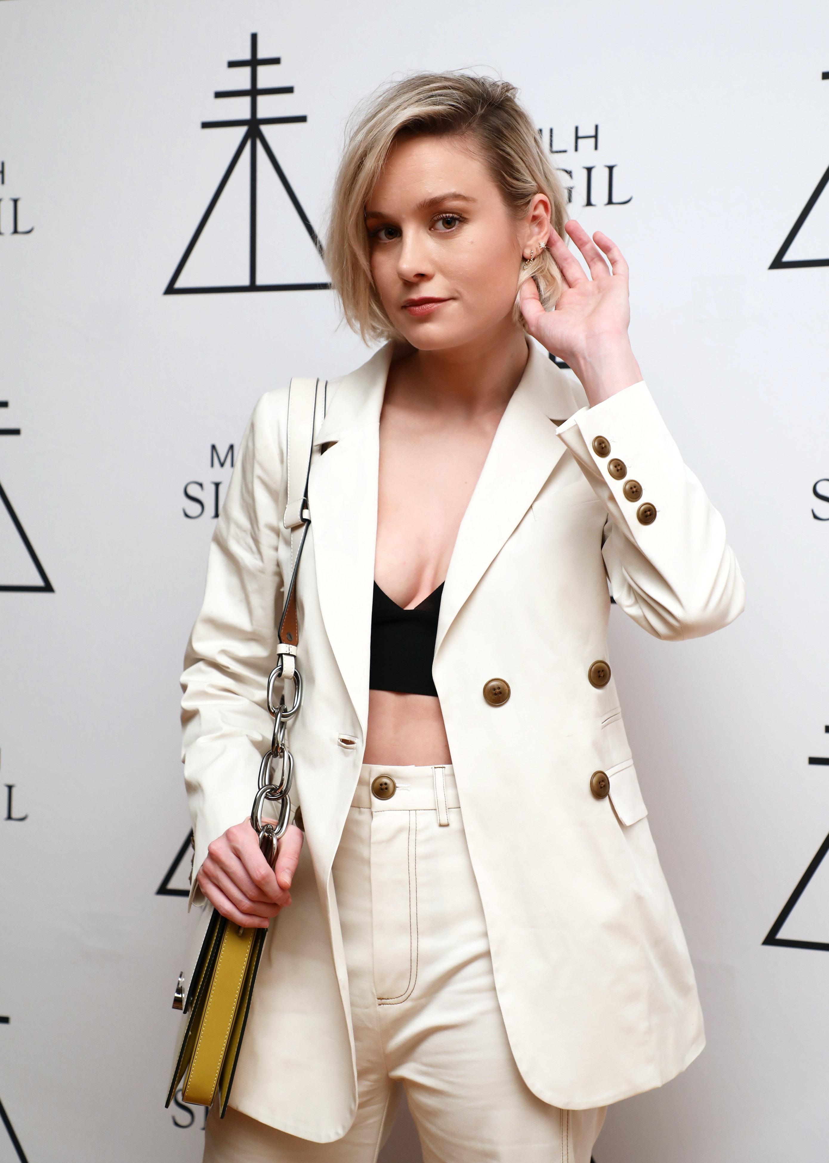 Brie Larson S New Bob Haircut Is A Major Change That Looks So Good Photos