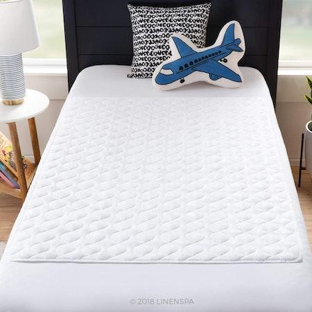 Linenspa Waterproof Sheet Protector