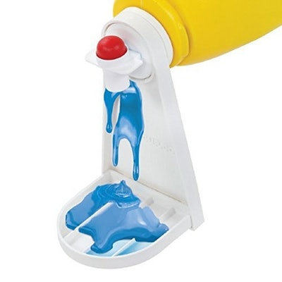 Tidy-Cup Laundry Detergent and Fabric Softener Gadget