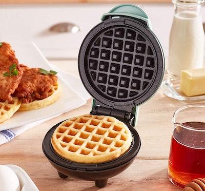 Dash Mini Waffle Maker