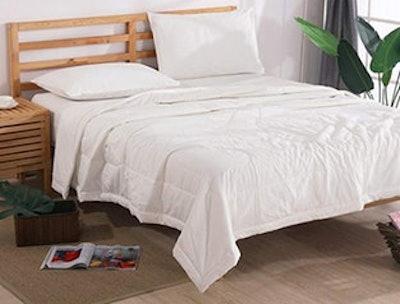 Ntcoco Lightweight 3-Piece Summer Comforter Set