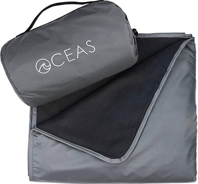 Oceas Outdoor Waterproof Fleece Blanket