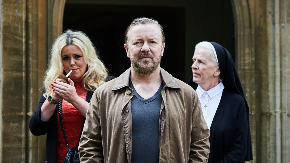 Ricky Gervais 'After Life' Season 2 Script Selfie Has Got My