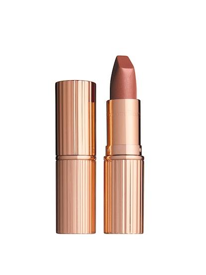 Matte Revolution Lipstick In Very Victoria