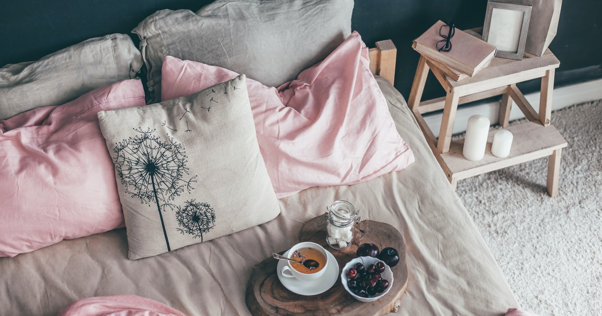 10 Linen & Cotton Sheet Sets Under $100 That'll Prep Your Bedroom For Summer