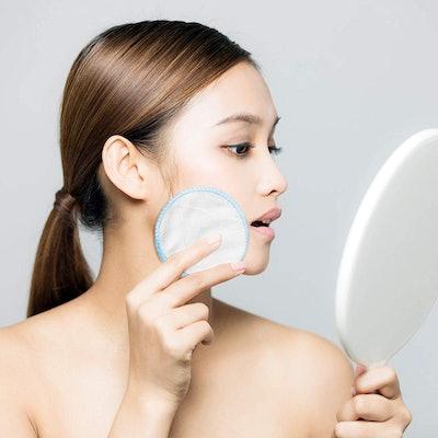 DROP OF DIVINITI Makeup Remover Pads (18 Pack)