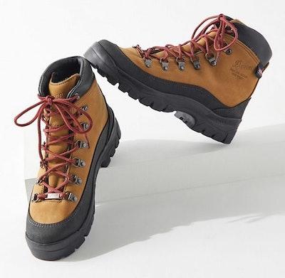 Crater Rim Hiker Boot