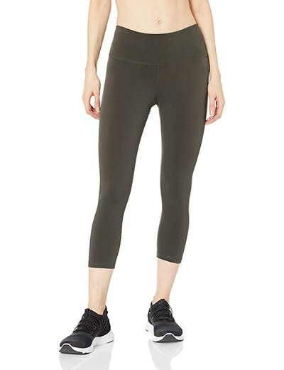 Amazon Essentials Women's Performance Capri Active Legging