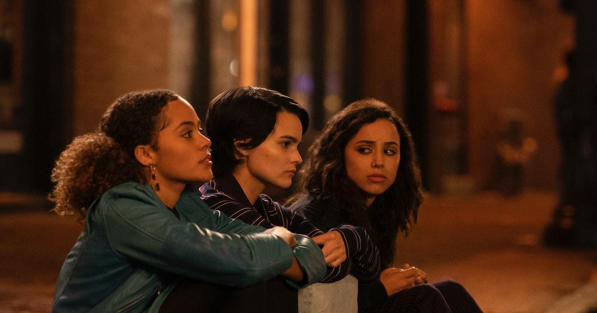 Watching Netflix's 'Trinkets' Will Make You Feel Like A Teenager Again