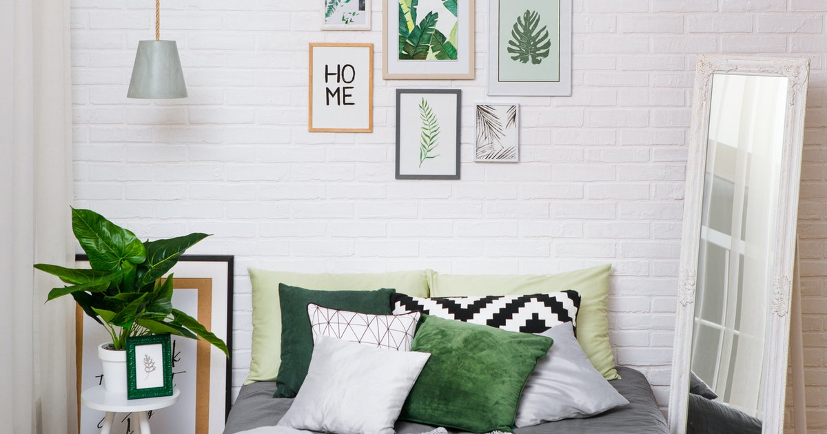 10 Affordable Wall Frames Under $30 That'll Help You Finally Finish That Gallery Wall