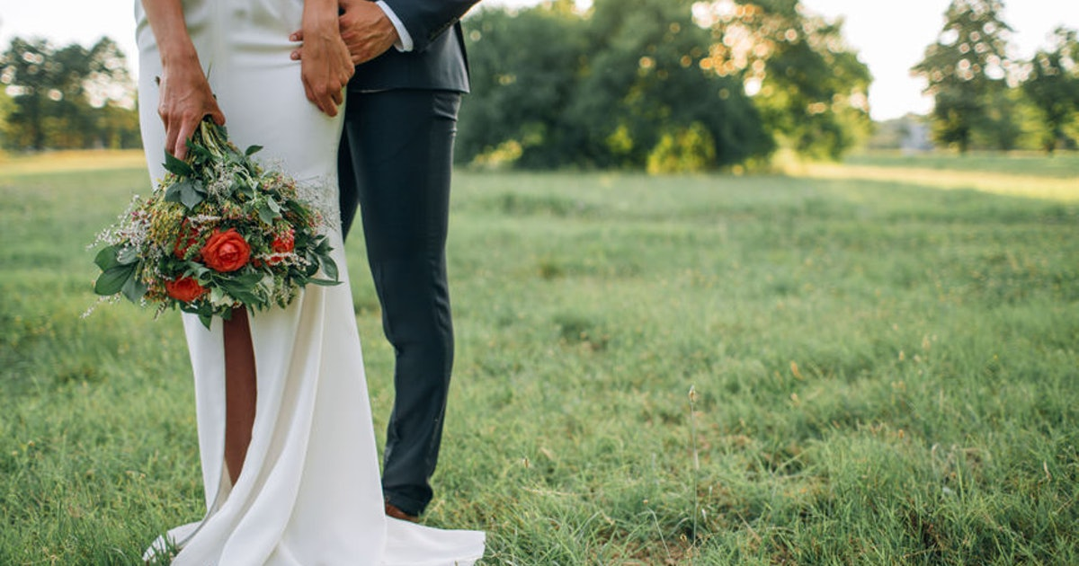 5 Military Wedding Traditions That Are SO Beautiful