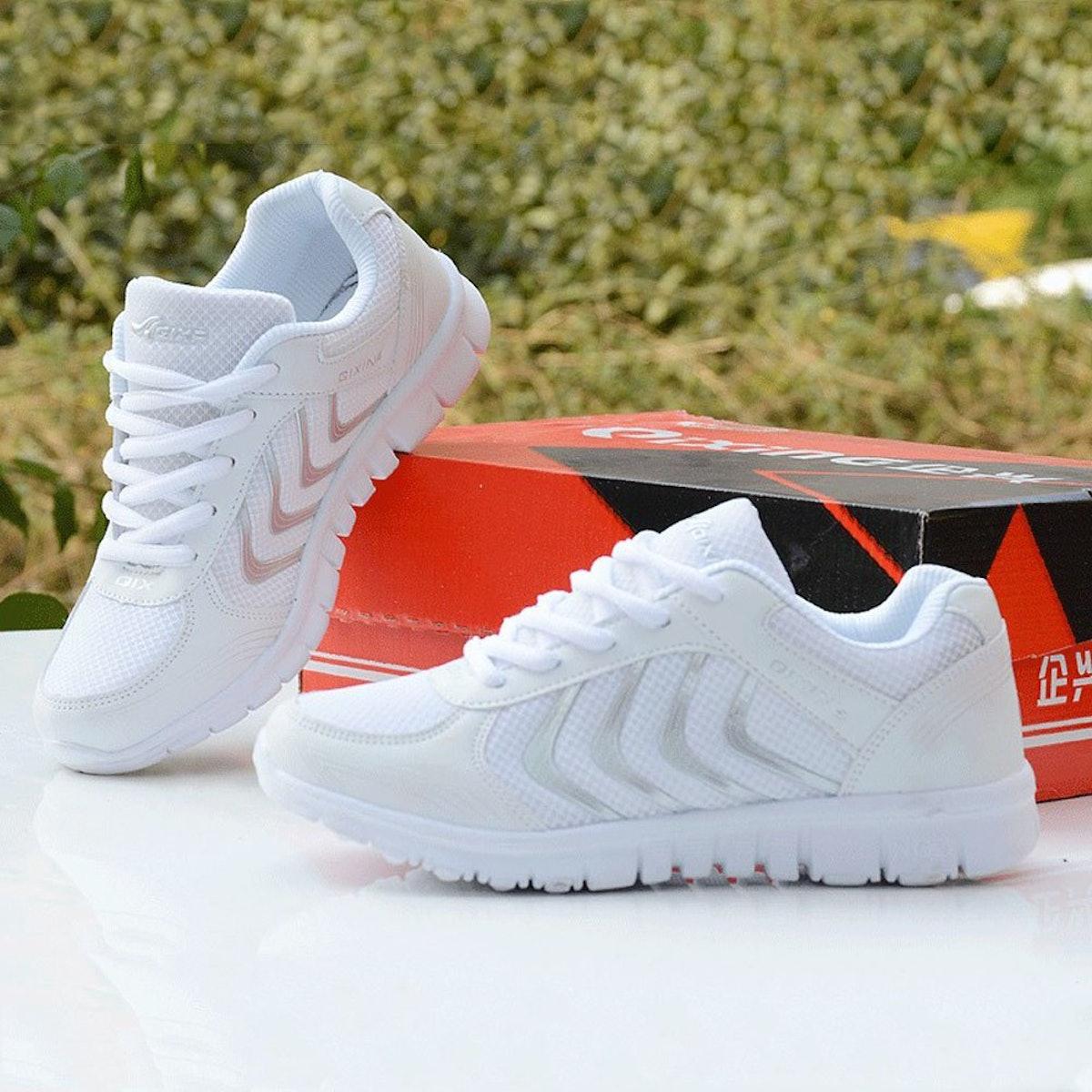 DUOYANGJIASHA Women's Athletic Mesh White Sneakers