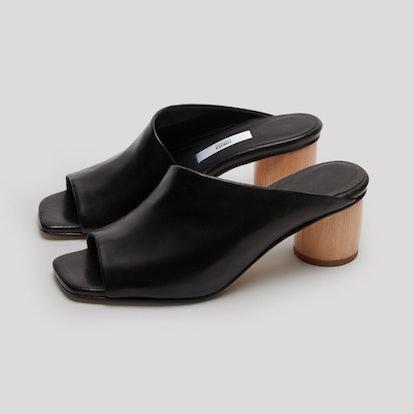 Albarca Black Leather Sandals