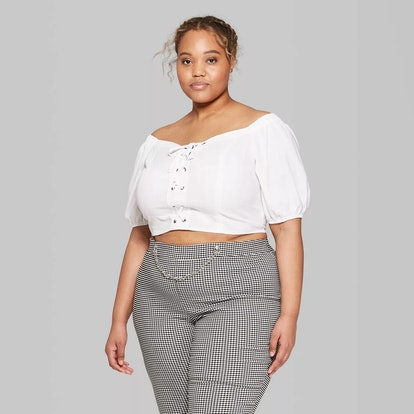 Women's Plus Size Short Sleeve Off the Shoulder Lace-Up Cropped Top