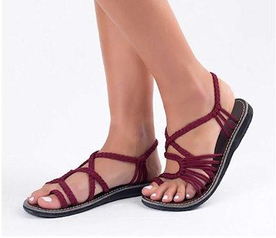 Plaka Flat Sandals