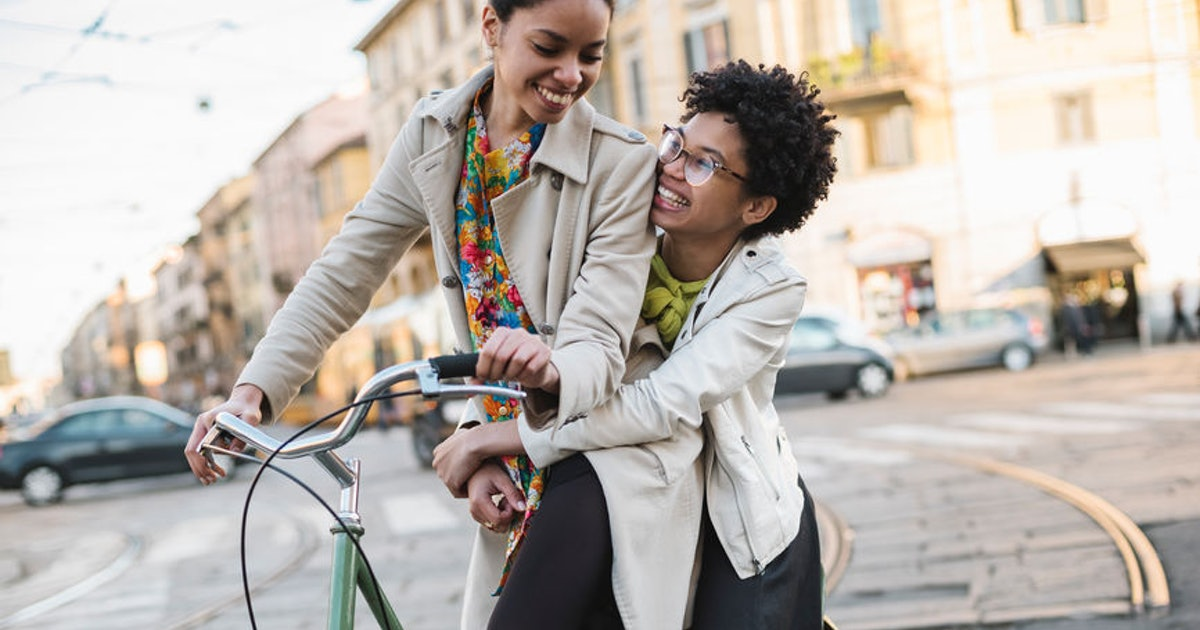 5 Sex Moves To Try On A Bike Ride That Will Make You Fly