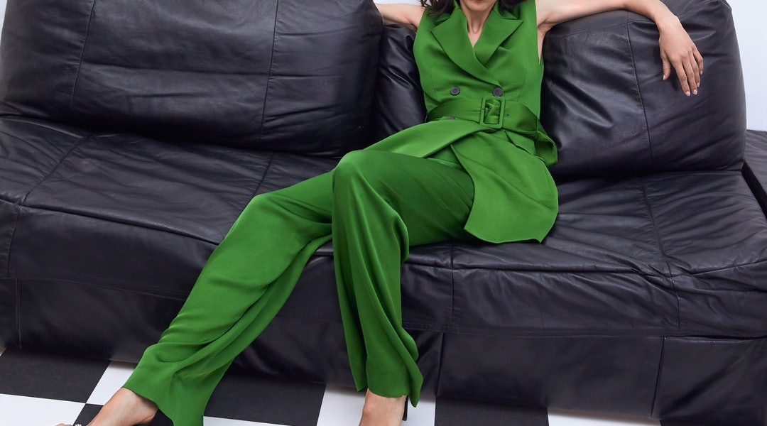 50ff031371 7 Wedding Guest Suits For Women If You're Looking To Switch It Up ...