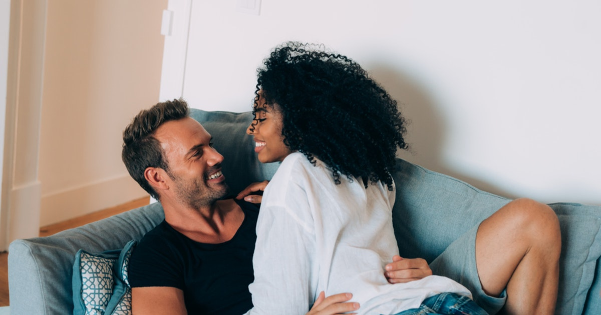 How Do You Make A Relationship Last? Couples Therapists Say These 8 Things Can Help