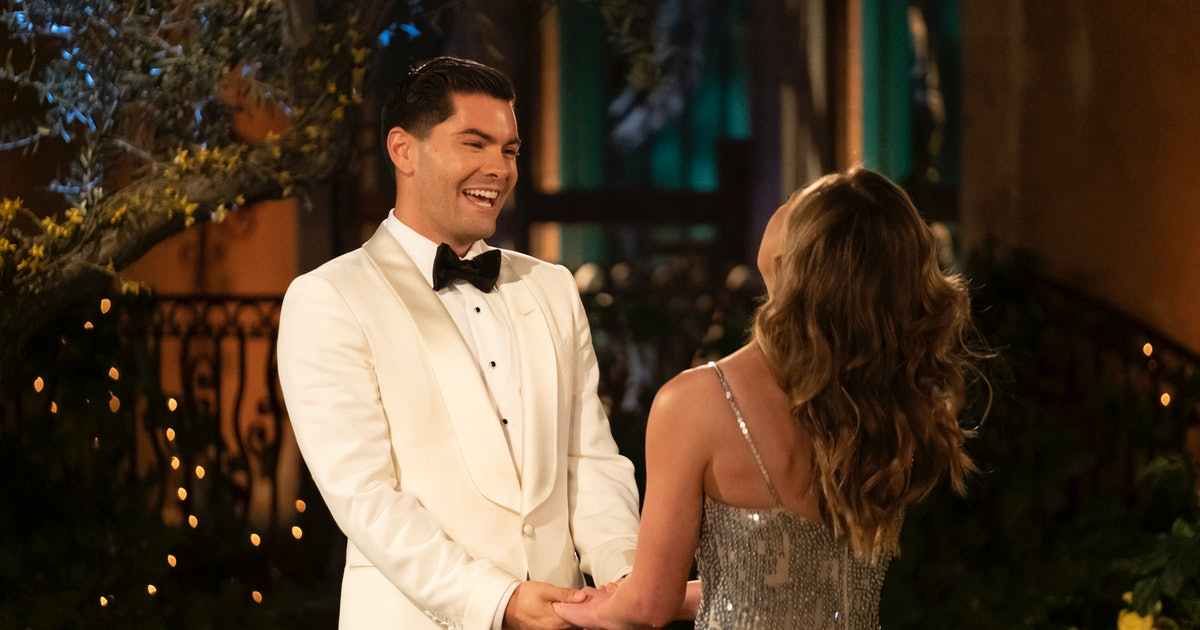 What Is Dylan Doing After 'The Bachelorette'? You Need To Follow Him On Twitter ASAP