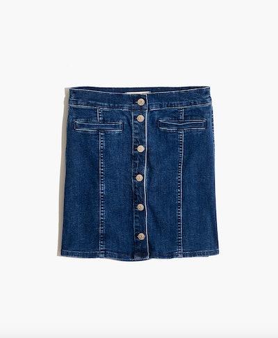 Stretch Denim Straight Mini Skirt in Marsden Wash